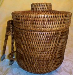 Rattan Insulated Ice Bucket With Rattan Covered Ice Tongs