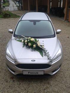 #Brautauto #länglich #weiß #silber Wedding Car Decorations, Flower Bouquet Wedding, Weddings, Engagement, Cars, Boyfriends, Florals, Automobile, Flowers