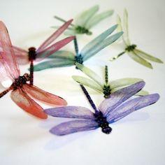 Gorgeous 3d dragonflies from clearcutcrafts.com