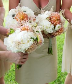 Blush and champagne and white flowers for a summer coastal wedding in the south