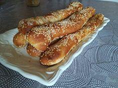 Γεμιστά κουλούρια Breakfast Recipes, Dessert Recipes, Desserts, Hot Dog Buns, Hot Dogs, Pretzel Bites, French Toast, Cooking Recipes, Tasty
