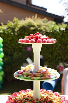 Fiestas y Eventos: Fiesta de cumpleaños 1 año Chocolates, Birthday Parties, Birthday Ideas, Birthday Candles, Baby Shower, Candy, Ideas Para, Desserts, Party Ideas