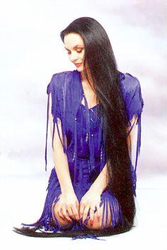 Crystal Gayle Crystal Gayle Hair, Harley Davidson, Hair Growth Tips, Super Long Hair, Beautiful Long Hair, Layered Cuts, Dream Hair, Female Images, India Beauty