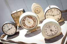 vintage clocks | Vintage weddings :: vintage decor and furniture in one place.