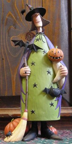 Witchen' Good Times from the Williraye Studio Halloween Collection $49.99 at the Cottage Gift Shop - Elmira, NY