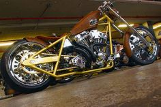 See more pictures of Jesse James' bikes at WestCoastChoppers.com