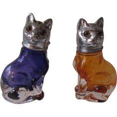 Vintage Czech Glass Cat Salt and Pepper Shakers