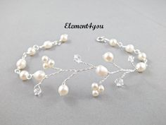 Wedding bracelet, Freshwater pearls Ivory, Wire wrapped, Bridal bracelet, Unique jewellery, Gifts for bridesmaid, Ivory pearl jewelry
