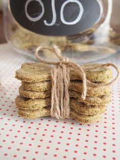The easiest home made dog biscuits for bad doggie breath // GoGrowGo.com