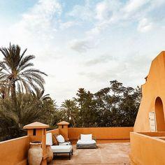 Jnane ...#morocco  #bakchicontour Marrakech, Law Attraction, Moroccan Interiors, Outdoor Furniture, Outdoor Decor, Summer Vibes, Sun Lounger, Morocco, Photos