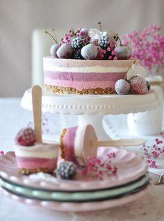 Caketime by Tamaris: Beeren-Eistorte Cookie Do, Sweets Cake, Cookies Policy, Pavlova, No Bake Cake, Cheesecake, Deserts, Food And Drink, Cupcakes
