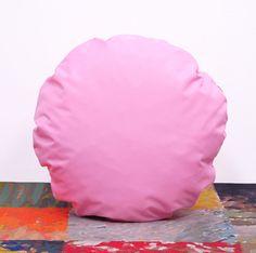 okrągła poduszka dekoracyjna PILLS LIGHT PINK