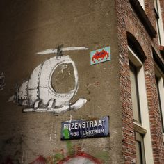 A Space Invader sighting on Rozenstraat…