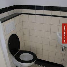 Jaren 30 tegels anno 2014! De betegeling van dit toilet verkoop ik met kleine variaties, een zwarte tegel onderaan (of een holle plint) De zwarte wandtegel wordt op maat gesneden om op oog-spoelunithoogte uit te komen op een hele tegel. …