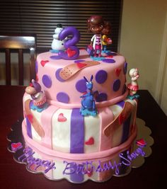 Doc Mcstuffins Cake find small doc tots & glue candles to them Doc Mcstuffins Cake, Doc Mcstuffins Birthday Party, 2nd Birthday Parties, Birthday Ideas, Birthday Cake, Cake Board, Girl Cakes, Creative Cakes, Celebration Cakes