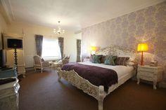 Romantic Suite, honeymoon, wedding anniversary, birthday, celebration, luxury, opulent design