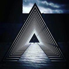 Illusion Art, Lighting Design, Custom Lighting, Light Installation, Stage Design, Light Art, Architecture, Background Images, Design Elements