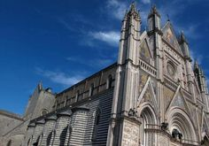 The breathtaking Duomo of Orvieto boasts a world-famous Gothic facade and, inside, amazing 15th-century frescoes of the Last Judgment that Michelangelo studied to do his own in the Sistine Chapel!