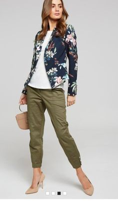7890b2c62478fe tropical print jacket + white tee+ khaki pants + beige accessories Floral  Blazer Outfit