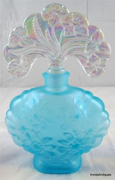 Fenton Blue Satin Glass Perfume Bottle w/ Fan Shaped Iridized Iridescent Stopper | eBay