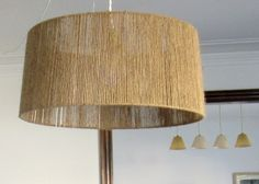 DIY idea for screens - something of everything Rattan Light Fixture, Luminaria Diy, Rope Pendant Light, Ideias Diy, Diy Chandelier, Wooden Lamp, Lampshades, Decoration, Diy Furniture