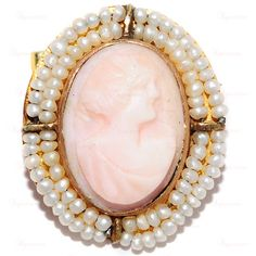 Art Nouveau 14k Yellow Gold Angel Skin Natural Coral Carved Cameo Brooch