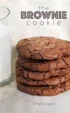 Moist and chocolately brownie in a convenient cookie! Oh yes, this is a keeper!