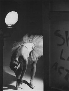 Helmut Newton. Ballet dancer.