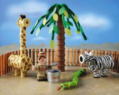 Spool Jungle Animals & Palm Tree