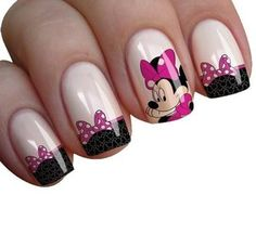 Mickey Mouse Nail Art, Minnie Mouse Nails, Mickey Mouse Nails, Elegant Nail Designs, Simple Nail Art Designs, Sparkle Nails, Bling Nails, Beach Holiday Nails, Boxing Day