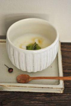 長尾徳太郎「粉引鎬湯のみ」の詳細ページです。