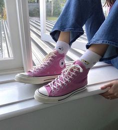 Converse Rose, Mode Converse, Converse All Star, Pink Converse Outfits, Green Converse, Converse High, Converse Chuck Taylor, Dr Shoes, Hype Shoes
