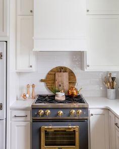 The latest design news and trends on our blog #interieurdesign #wohndesign #дизайнеринтерьеров #interiordesign #interiordesignideas #interieurdesign #furniture #luxury #design #trends #piedaterre #architecture #inspiration