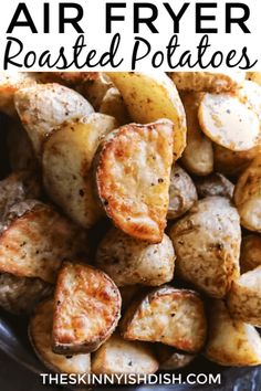 My Air Fryer Roasted Potatoes are the perfect healthy alternative to your diner . , My Air Fryer Roasted Potatoes are the perfect healthy alternative to your diner . My Air Fryer Roasted Potatoes are the perfect healthy alternative . Air Fryer Recipes Potatoes, Air Fryer Oven Recipes, Air Frier Recipes, Air Fryer Dinner Recipes, Air Fryer Recipes Vegetables, Air Fryer Baked Potato, Healthy Vegetables, Vegetable Recipes, Air Fryer Recipes Appetizers