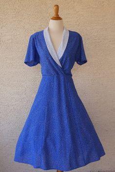 Vintage Blue and White Dot Dress Size L Pinup by CeeLostInTime