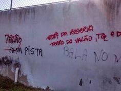 Notícias de São Pedro da Aldeia: AÇÕES POLICIAIS - PM flagra pichação em apologia a...