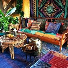 90 Modern Bohemian Living Room Inspiration Ideas – Page 154 of 187 - Boho Living Room Decor Bohemian House, Bohemian Interior, White Bohemian, Bohemian Room, Boho Hippie, Bohemian Apartment, Bohemian Furniture, Apartment Living, Hippie House