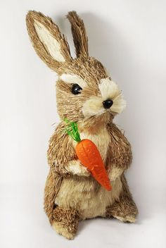 Easter Cute Bunny Rabbit Decoration Natural Sisal Fiber Straw Spring with Carrot