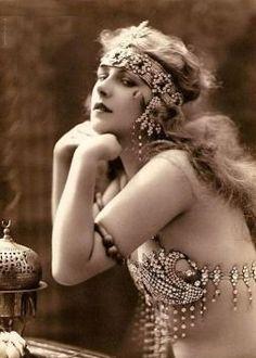 """Vision Belly Dance: Colección de fotos """"vintage belly Dancing"""""""