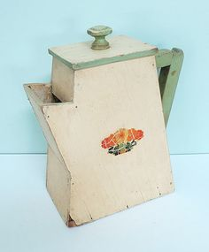 Rare 1940s Handmade Wooden Soap Powder Dispenser Coffee by Tparty