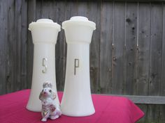 Tupperware salt and pepper shakers.