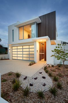 Contemporary in Laguna Bay via L u x e w a r e