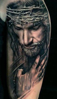 70 Amazing Religious Tattoos You To Be Inspired Jesus Tattoo Sleeve, Religious Tattoo Sleeves, Lion Tattoo Sleeves, Best Sleeve Tattoos, Tattoo Sleeve Designs, Body Art Tattoos, Jesus Tatoo, Rosen Tattoo Mann, Christus Tattoo