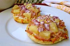 English Muffin Hawaiian Pizza from Hungry Girl - 6 PointsPlus