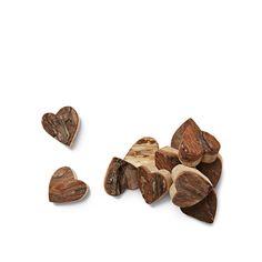 Diez corazoncitos de madera para decorar, 3€.