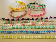 Hama Beads, Handicraft, Art Lessons, Jewelry Making, Diy Crafts, Embroidery, Bracelets, How To Make, Kids