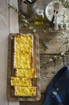 Quiche de Bacalao, Cebolla y Puerro {con masa quebrada casera} | Cod, Onion and Leek Tart {with homemade pie crust} http://saboresymomentos.es