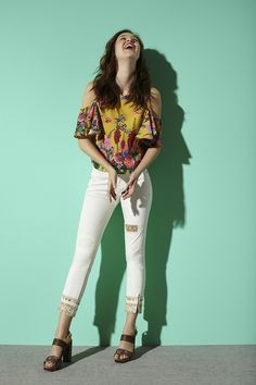 Create your outfit choosing the boho style and being a Desigual fashion flower girls!