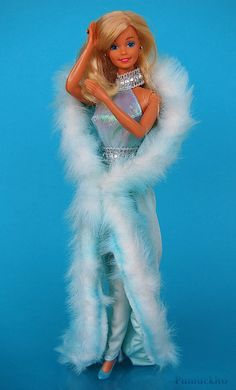 Barbie Magic Moves 1985 she had a switch on her back to make her arms move