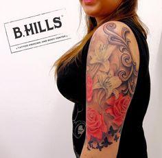 #rosetattoo #lilytattoo #realisticrosetattoo #lilyrealistictattoo #tattooarm #BhillsTattooCompany #butterflytattoo #tattoo #ink #ladyoktopustattooo #tattooartist #tattoolady #larabhills